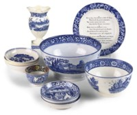 A COLLECTION OF SHORTHOSE BLUE AND WHITE POTTERY