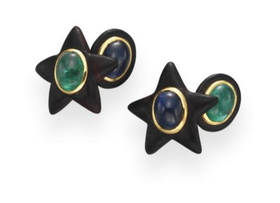 A PAIR OF EBONY, SAPPHIRE AND