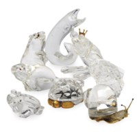 A GROUP OF EIGHT AMERICAN GLASS ANIMALS,