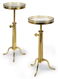 A PAIR OF FRENCH BRASS TELESCOPIC TRIPOD TABLES