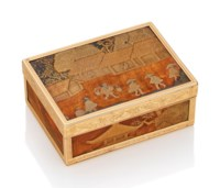 A LOUIS XVI GOLD-MOUNTED LACQUER AND WOOD SNUFF-BOX