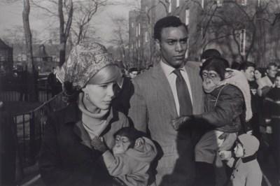GARRY WINOGRAND (1928–1984)