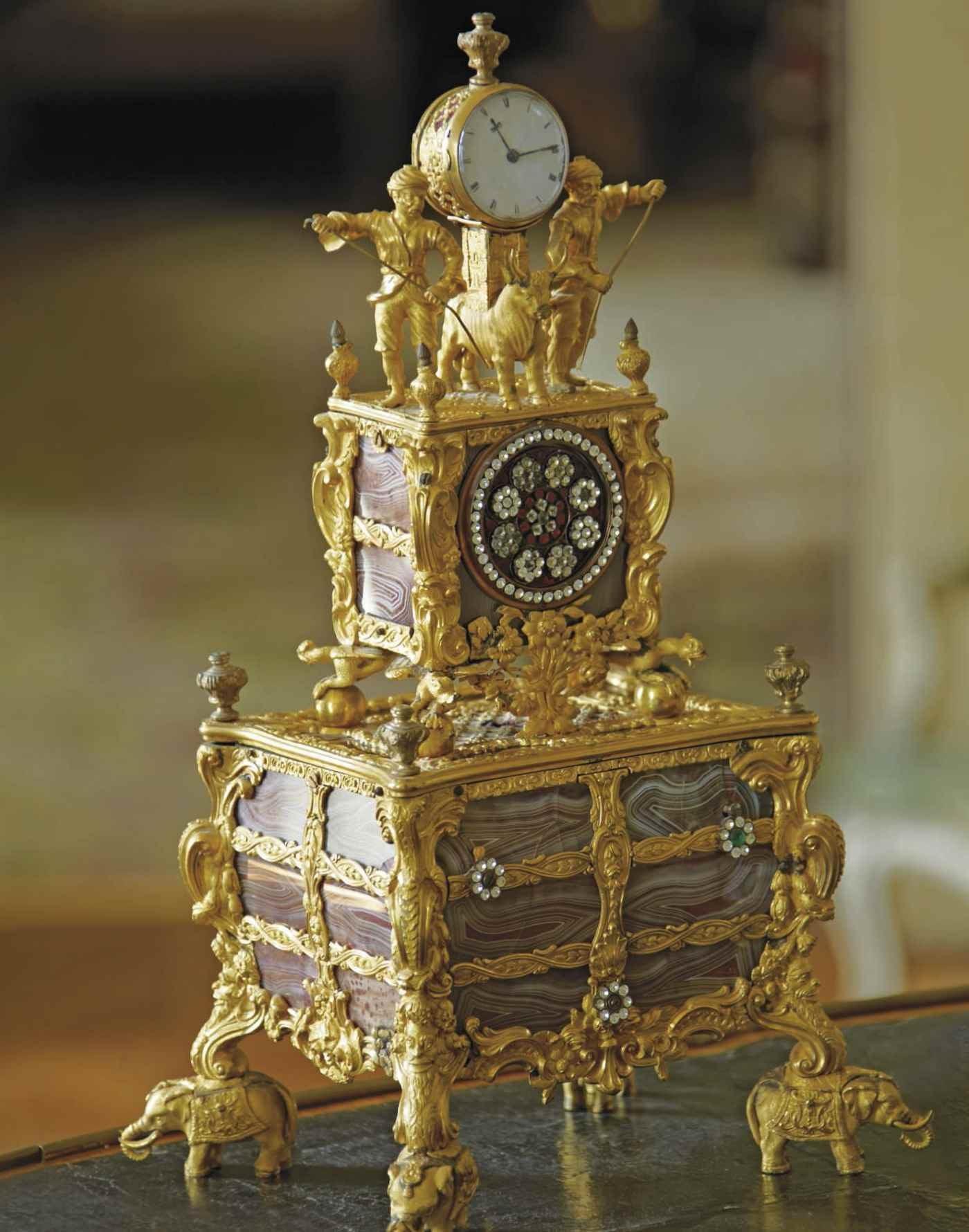Boniface de Castellane & Anna  auction at Christies